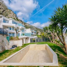 Garden with swimming pool - CAP D'AIL Residence - Kristal SA